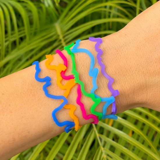 Buy Dora the Explorer Sillybandz Sillybands Boots the monkey, Swiper the fox, Isa the Iguana, Tico the Squirrel, Benny the cow, and Dora herself Silicone Bracelets Crazy Bands