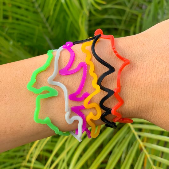* Buy Halloween Sillybandz Sillybands Ghosts, Frankensteins, Spiders, Witches, Jack-O-Lanterns, and Bats Silicone Bracelets Crazy Bands